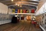 Zicht op het vrachtruim van het museumschip Tordino