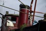 Deepwater: Detailopname van de schoorsteen en bakboord luchthapper