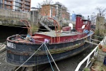 Deepwater: Schip bij laagtij te Brentford